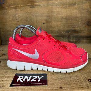Nike Flex Run Lace Up Hyper Punch Athletic Sneaker